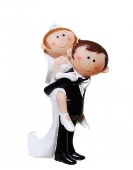 "Сватбена фигурка за торта ""Забавни младоженци"" Младоженец носи булка"