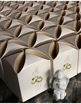 Кутийка за сватбено подаръче Халки