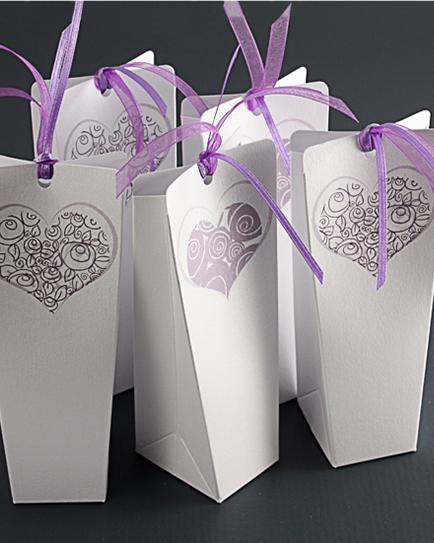 Луксозна кутийка за сватбено подаръче Сърце
