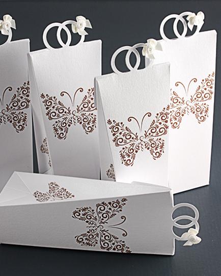 Кутийка за сватбено подаръче Пеперуди
