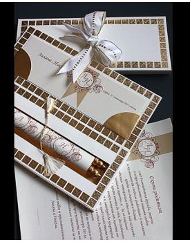 Луксозна сватбена покана златисти квадрати