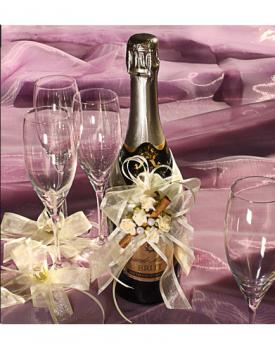 Украса за шампанско и чаши с канела