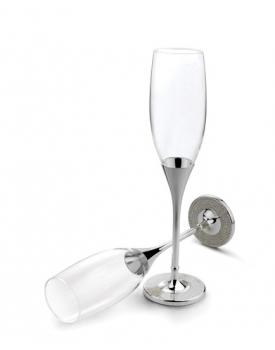 Елегантни сватбени чаши с кристали